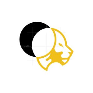 Eclipse Lion Logo
