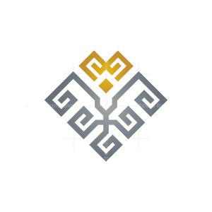 Royal Luxury Lion Logo