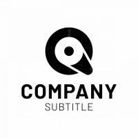 Q Roll Logo