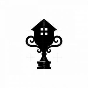 Trophy House Logo