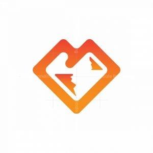 Love Mountain Logo