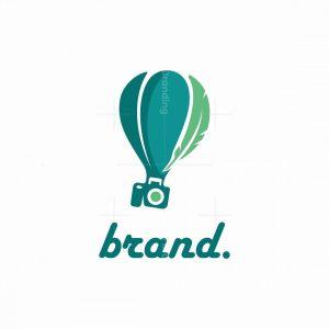 Travel Bloger Logo