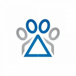 Delta Pet Paw Logo