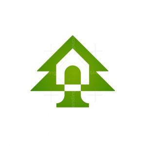 Pine Tree House Logo