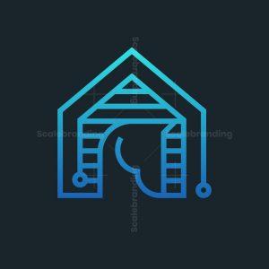 Horse House Tech Logo