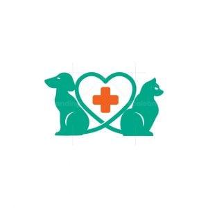 Love Pet Hospital Logo