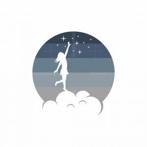 Dreaming Girl Logo