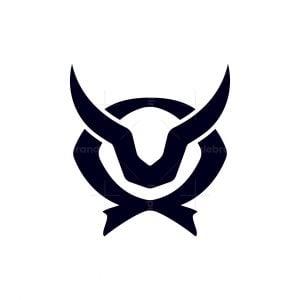Letter Q Bull Logo