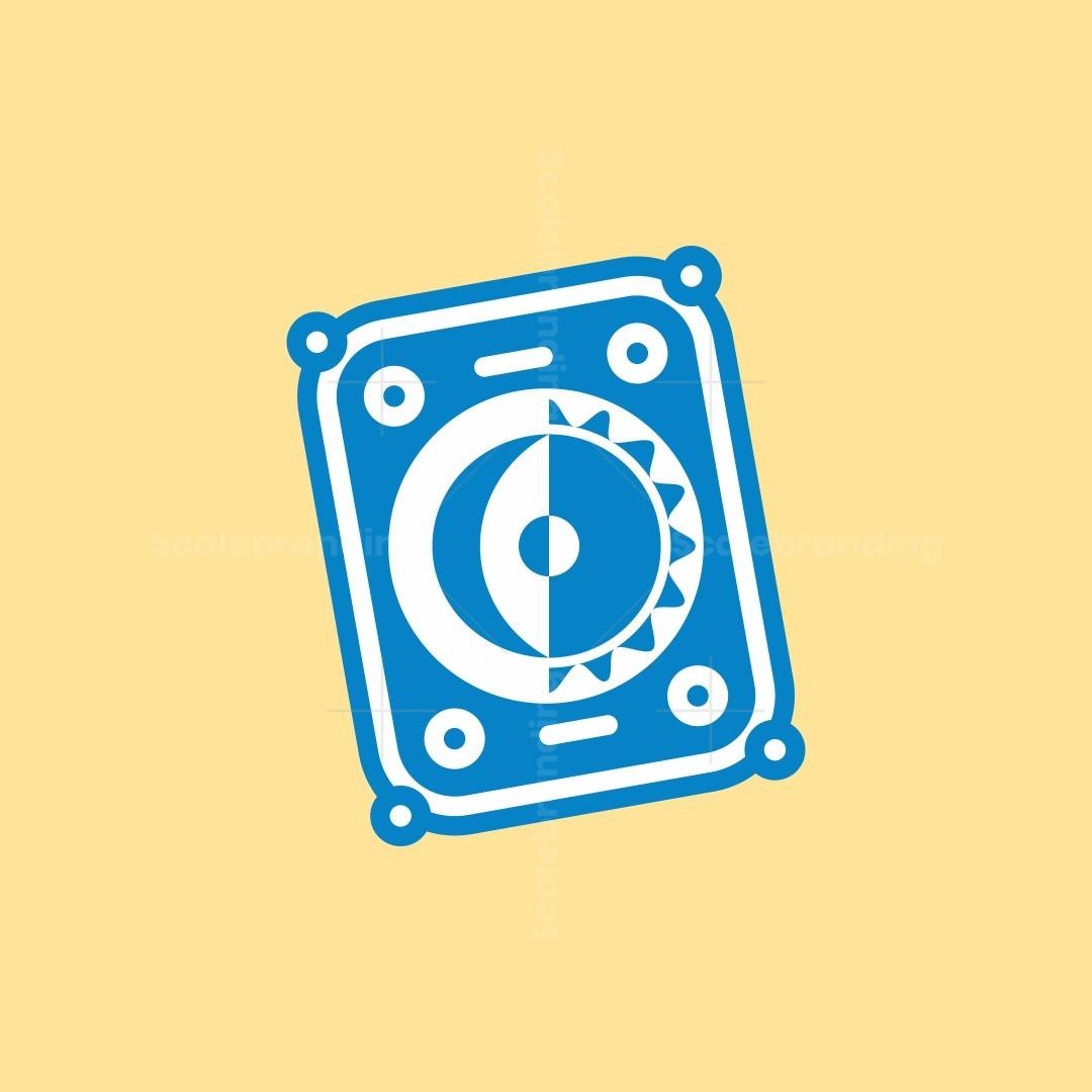 The Tilted Tarot Logo
