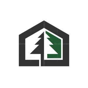 Pine House Logo