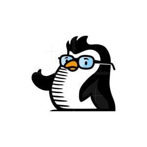 Geek Penguin Logo