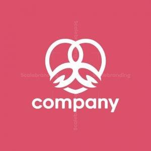 Love Guru Logo