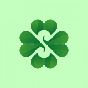 Four Clove Logo